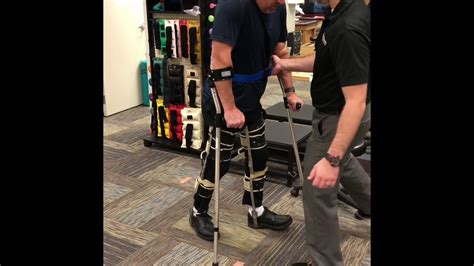 T12 SCI Walking With KAFO Braces & Lofstrand Crutches