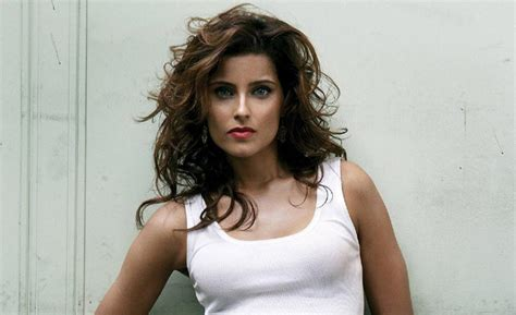 Nelly Furtado - Biography, Life, Facts, Family and Songs