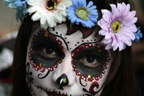 """Witness Mexico's """"Catrinas"""" celebrate the iconic Day of"""