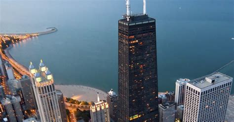 Sparkling Chicago: 360 Chicago Tickets & Prosecco for 2