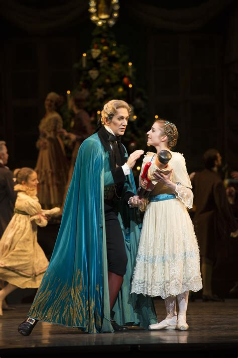 Dance Review: The Nutcracker @ Royal Opera House | Londonist