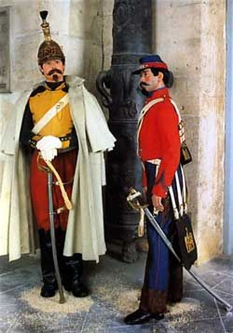 french uniforms crimean war   French Dragoon and Hussar